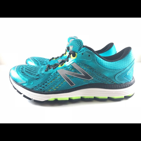 New Balance 1260v7 Womens Running Shoes Size 10 Training Fuel Cell Fitness